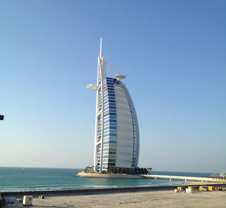 Dubai desert raid the worlds best bike path dirty nomad for Dubai best hotel 7 star